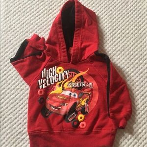 ⬇️🔥DISNEY CARS HOODIE 12 month CAN'T BEAT 💲